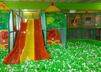 Masulinos großes Bällebad-Masulino-Indoorspielplatz-Wiesbaden